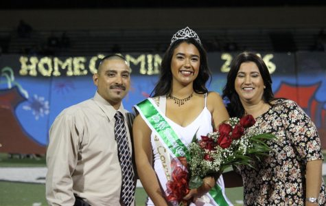 2016 Homecoming Court for Nogales High School