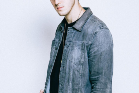 LAUV Comes Out With New Single